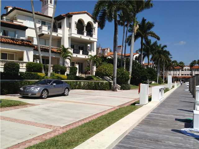 6 Fisher Island Dock